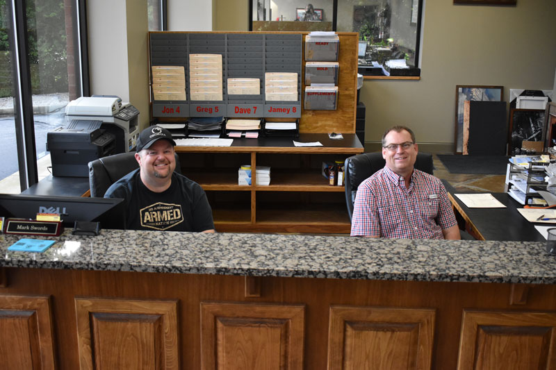 The friendly faces that will greet your at Lee's Collision Center